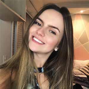 Beatriz de Souza Campos Alves